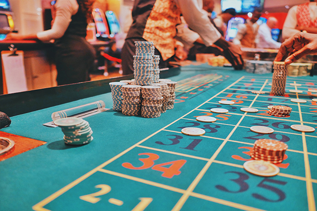 hotel and casino moves